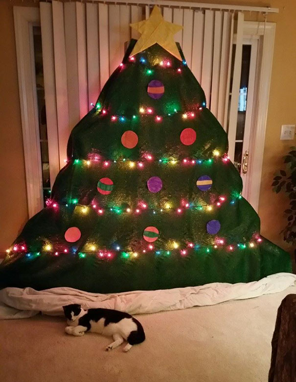 22 Fedup Owners Who Found Clever Ways To Petproof The Christmas Tree